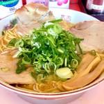 山さんラーメン - 醤油(大)800円