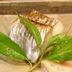 味享 - 太刀魚の塩焼き