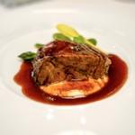 プレスキル - ☆とろける軟らかさの牛肉の煮込みと野菜の赤ワインソース