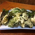 山びこ - 山菜の天ぷら盛り合わせ