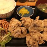 姫路食堂 - から揚げ定食(580円)