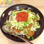銀座わしたショップ - タコライス(¥600)。ファストフード感覚で食べられる、アメリカチャンプルー文化が生んだ一品