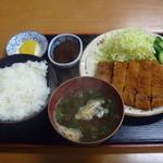 うどんと丼 ふる里 - カツ定食(味噌) 900円