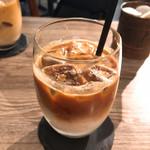 ノーブルコーヒーロースターズ - アイスカフェラテ美味!