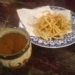 そば七 - お茶とソバの唐揚げ