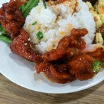 108401736 - サクサクに揚げた鶏肉や野菜に甘酸っぱいタレの宮保鶏丁、トマトや卵の炒め物やいんげんの炒め物