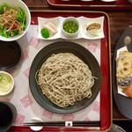 108402530 - 「昼の蕎麦セット」@1400  単品メニューのそばが選べるので「旬の野菜の天ぷら」を選択。