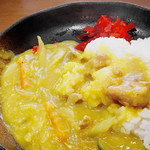 白根屋 - ど真ん中な、幸せの黄色いカレー(セットで620円)