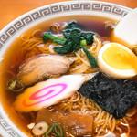 白根屋 - 正統派東京醤油ラーメン(セットで620円)