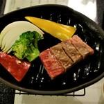 原鶴温泉 花水木 - 料理写真:黒毛和牛・陶板焼き