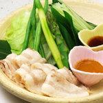 ひな一 - 白金豚の豚しゃぶ温野菜880円/甘さ溢れる白金豚と温野菜のコラボレーション