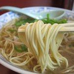 中華そば 蘭らん - 麺アップ