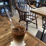 カフェ スワロー - ミルクたっぷりカフェ・オ・レ