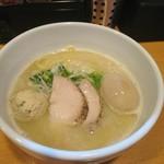 らーめん 志 - 塩鶏白湯