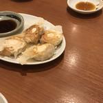 Mirai - 焼き小籠包