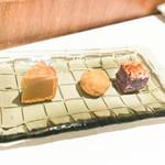 カントニーズ 燕 ケン タカセ - 茶菓子