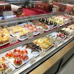 フランス菓子 果摘 - ケーキショーケース