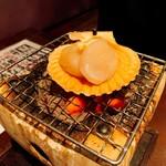 海鮮釜居酒 花火 - ホタテバター焼き