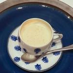Artichaut - 甲殻類のスープ