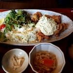 博多もつ鍋 幸 とりもつえん - 赤鶏さつまチキン南蛮定食:1,058円