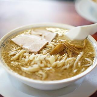 杭州飯店 - 料理写真:中華そば800円