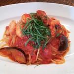 108475716 - 小海老と茄子と大葉スパゲッティー(トマトソース)