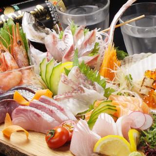 こだわりの鮮魚刺は地元姪浜漁師さんより直買いで鮮度抜群♪♪