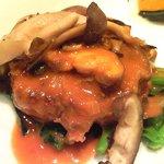 バティチ - バティチランチ 1300円 のえぞ鹿のハンバーグステーキ