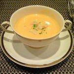 バティチ - バティチランチ 1300円 の人参のクリームスープ