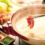 ひな一 - 比内地鶏の水炊き2,400円(一人前)/10時間近く煮込んだ比内地鶏の出汁で頂く水炊きは絶品です!