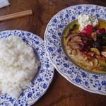 七福 - 料理写真:豚ロース肉と旬野菜 ペペロンチーノ味