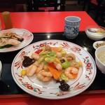 中国料理 天府 - 料理写真:お昼のセット1,100円(税込み)