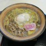 こむすび - 牛肉鍋焼きうどんアップ