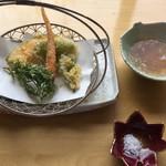 うちげの料理 八塩 - 姫人参、人参の葉、雪の下等