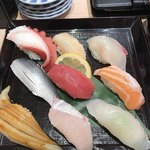 寿司 藤けん鮮魚店 博多阪急 - お任せ握り1383円!