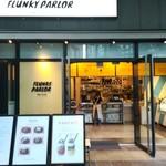 FLUNKY PARLOR -