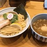 蕾 - 料理写真:本日の煮干つけ麺