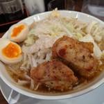 108514031 - ガチ盛り麺(味玉サービス)
