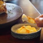 蕎麦+酒=雲母 - 超肉厚エイヒレ炙り(一味マヨネーズが合う)