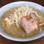 ラーメン二郎 - 野菜、ニンニク少なめ