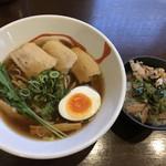 らー麺 あす香 - 料理写真:
