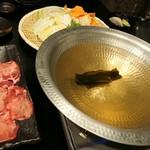 個室居酒屋 卯之屋 赤坂見附店 - しゃぶしゃぶ二人前、大きなお鍋
