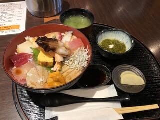 はまじま - スーパー海鮮丼