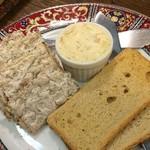 旬菜焼 はざま - 「自家製バター」
