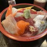 幸寿司 - ちらし(ランチ)¥920