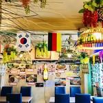 大阪カオマンガイカフェ - 二階の奥の席