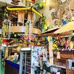 大阪カオマンガイカフェ - 店内       レジのあたり