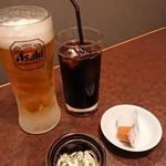 つぼ八 - 料理写真:ビールとアイスコーヒー お通し