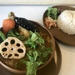 倉庫カリー - 料理写真:チキンスープカレー、980円です。