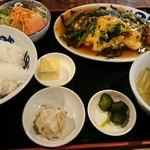 廣東餃子房 - 料理写真:日替り定食(ニラ玉)